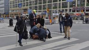 Quatro pessoas morreram em Estocolmo após ataque com camião