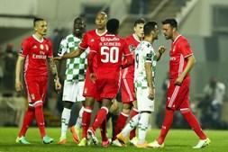 Confusão instalou-se nos últimos momentos do Moreirense-Benfica