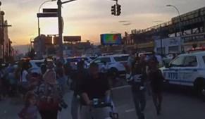 Ruídos de garrafas a partir foram confundidos com tiros, gerando o pânico em Coney Island, Nova Iorque, EUA