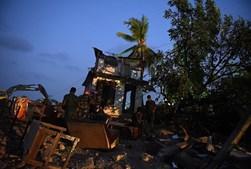 Montanha de lixo desabou sobre habitações no Sri Lanka