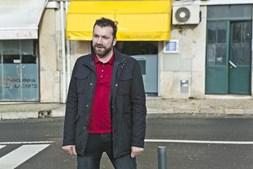 Ljubomir Stanisic tem 34 anos e nasceu em Sarajevo, capital da Bósnia e Herzgovina