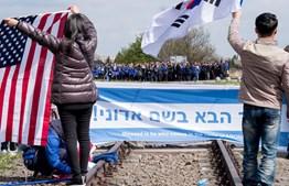 Milhares em Auschwitz homenageam vítimas do Holocauto