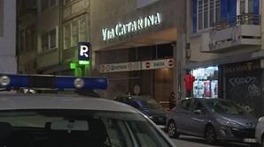 Centro comercial no Porto evacuado devido a incêndio