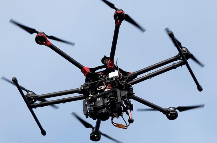 Resultado de imagem para Multa por uso indevido de drones pode chegar aos 7500 euros