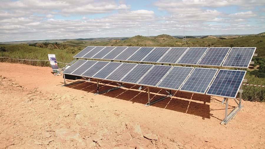 Novas renováveis não devem contar com tarifas subsidiadas pelos consumidores de eletricidade, de acordo com orientações do secretário de Estado da Energia