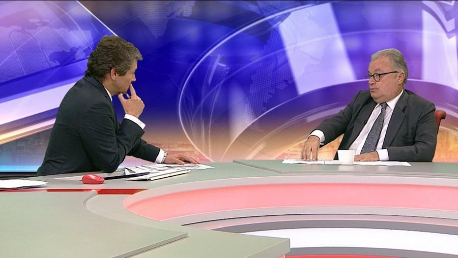 Luís Castro Mendes, ministro da Cultura com a tutela da Comunicação Social, foi entrevistado por João Ferreira na CMTV