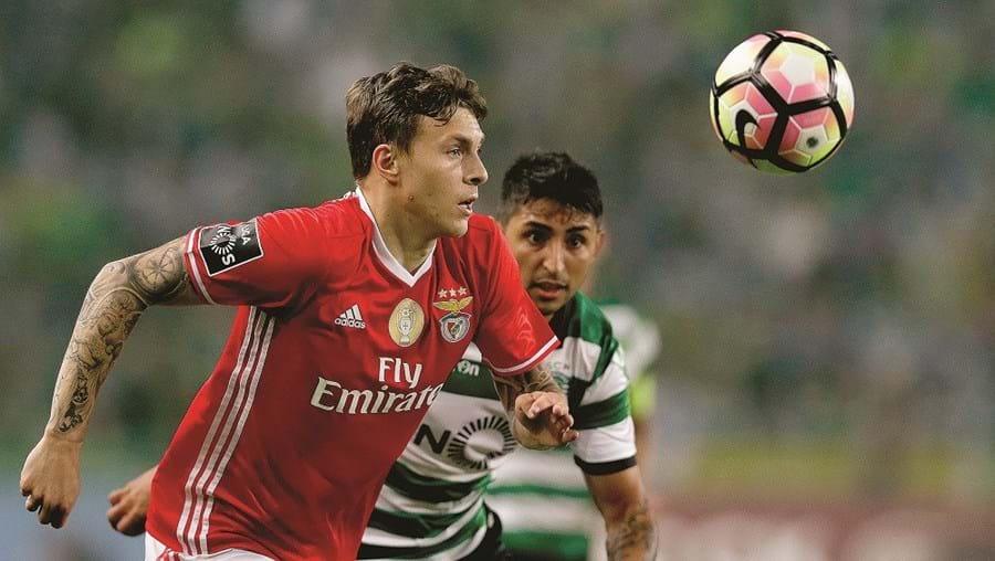 Lindelof marcou no dérbi (1-1) com o Sporting de livre direto e fez aguçar o apetite do Man. United pela sua contratação