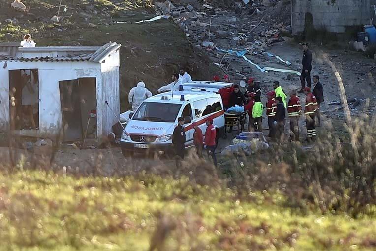 'CSI' da PJ a recolher vestígios no local da tragédia em Lamego