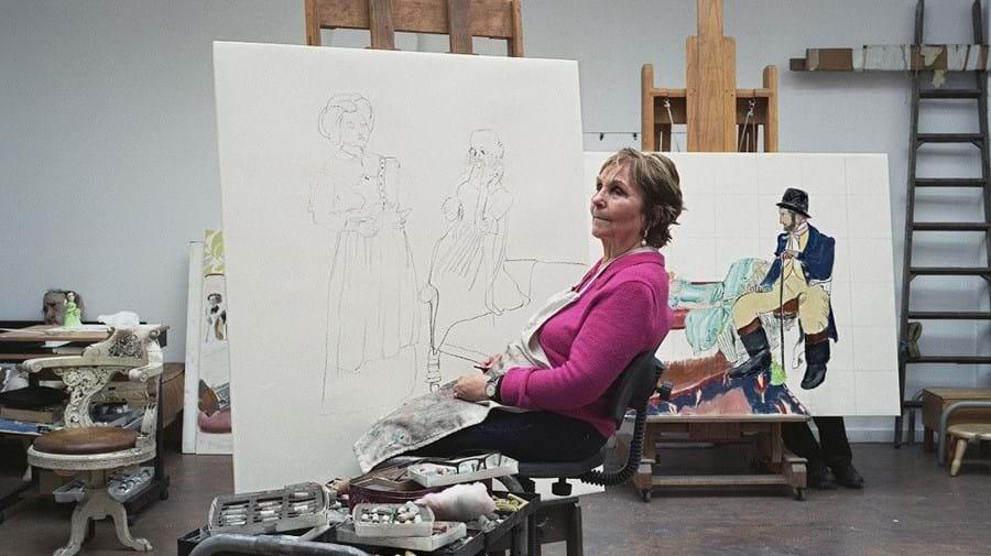 Paula Rego fotografada no seu ateliê em Londres, Inglaterra