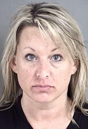 Heather Robertson confessou ter tido sexo com pelo menos quatro menores