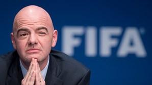 Presidente da FIFA está infetado com Covid-19
