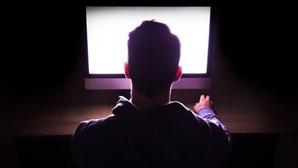 Programa 'online' alerta jovens para perigos na Internet