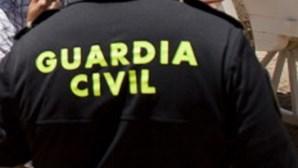 """Autoridades espanholas procuram crocodilo """"muito agressivo"""" no rio Douro"""