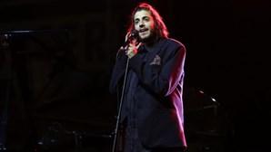 Salvador Sobral gera polémica em concerto solidário