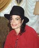 Cantor, compositor, dançarino e produtor, Michael Jackson