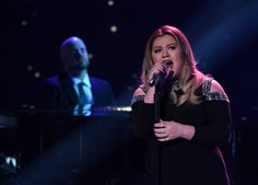 A cantora, atriz e compositora norte-americana, Kelly Clarkson
