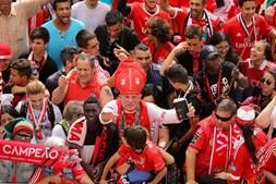 Adeptos esperam Benfica