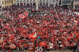 Mar vermelho junto aos Paços do Concelho de Lisboa
