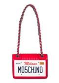 Mala é da marca Moschino e custa 550 euros