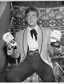 O proclamado ator de James Bond morreu aos 89 anos