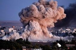 Bombardeamento aéreo