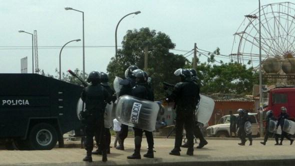 Chinês detido em Luanda com 52 tampas de sarjetas e cabos elétricos roubados