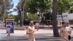 Turistas britânicos multados por correrem nus na rua