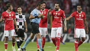 Aviso da PGR trava buscas a mails do Benfica
