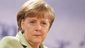 Merkel diz que Alemanha está pronta para negociar o 'Brexit'