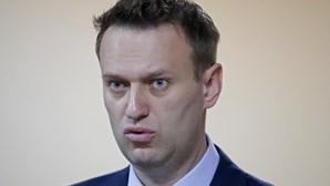 Rússia diz que críticas do Ocidente à detenção de Navalny visam desviar atenção dos seus problemas