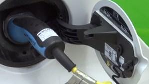 Venda de carros elétricos quase triplica em quatro meses