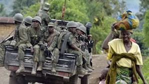 Refugiados congoleses chegam a Angola após longas caminhadas fugir às decapitações