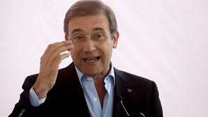 Passos Coelho reforça apoio a André Ventura