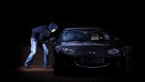 Detido suspeito de 'carjacking' baleado durante perseguição policial
