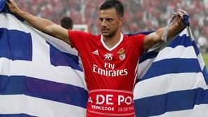 Cedências permitem renovação de Samaris pelo Benfica