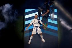 Cristiano Ronaldo Durante os festejos da conquista da Liga dos Campeões