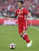 Grimaldo, de 21 anos, tem uma cláusula de rescisão de 60 milhões de euros
