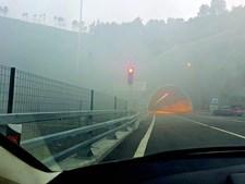Incêndio levou ao corte do trânsito no túnel. Alguns constrangimentos vão manter-se no sentido Amarante-Vila Real