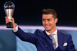 O futebolista português ganhou durante o ano 83 milhões de euros