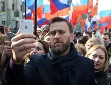 O russo Alexei Navalny alcançou mais de um milhão de subscritores no YouTube e pretende candidatar-se à presidência da Rússia em 2018