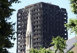 Incêndio na torre de Grenfell, em Londres, matou 79 pessoas