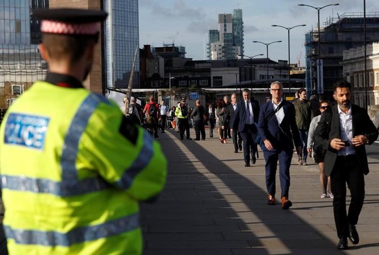 0723ba31a1188 Terroristas de Londres com ligações à Irlanda - Mundo - Correio da Manhã