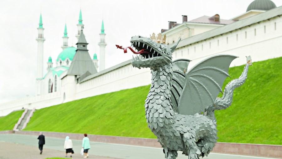 'Zilant' é uma criatura lendária em forma de dragão aparentado à serpente e com garras de ave de rapina