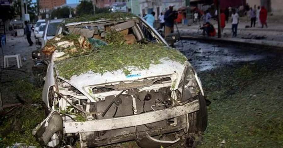 Carro-bomba explode na Somália