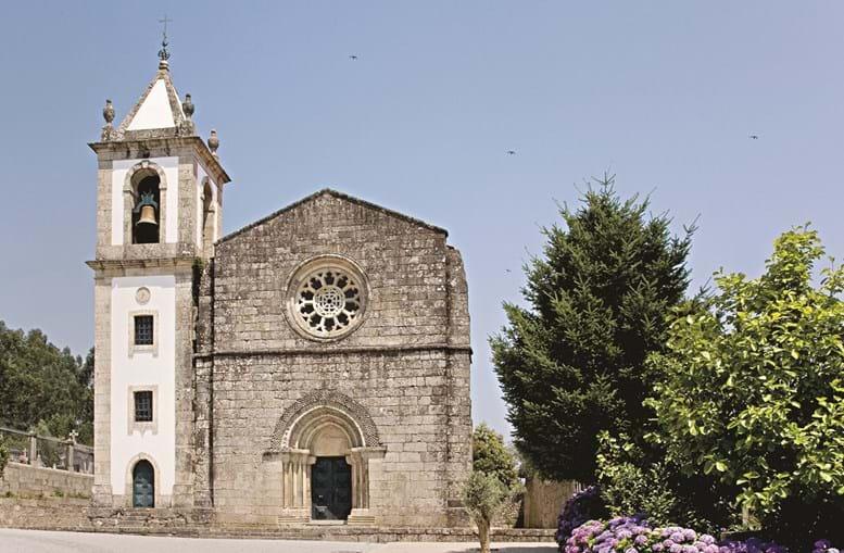 Mosteiro de Fontarcada (sec. XIII), onde começou a revolta da Maria da Fonte