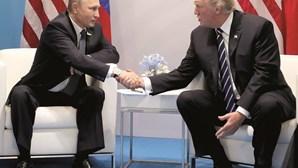 Trump assinou lei que agrava sanções dos EUA à Rússia