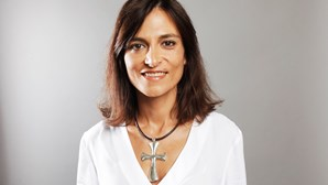 Isabel Moreira: Língua afiadíssima