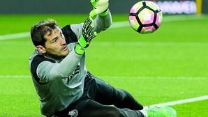 Iker Casillas recusa regresso a Espanha