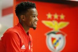 Barcelona quer comprar Nelson Semedo ao Benfica