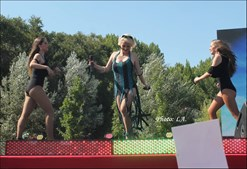 Bailarinas atuaram este domingo com Cristina Ardisson
